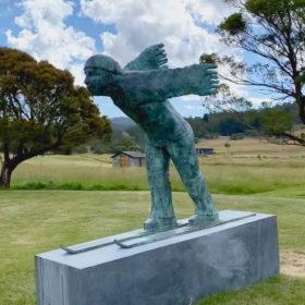 angel-wildbrumby-sculpture-garden